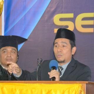 "Dr. Herlambang: ""Ideologi Inklusif; Sebuah Pendekatan Tafsir"""